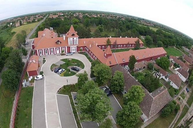 Dvorac Kastel 2а - kastelecka.com