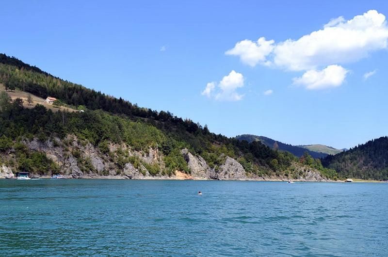 Zlatarsko jezero 3а - zlatarinfo.rs