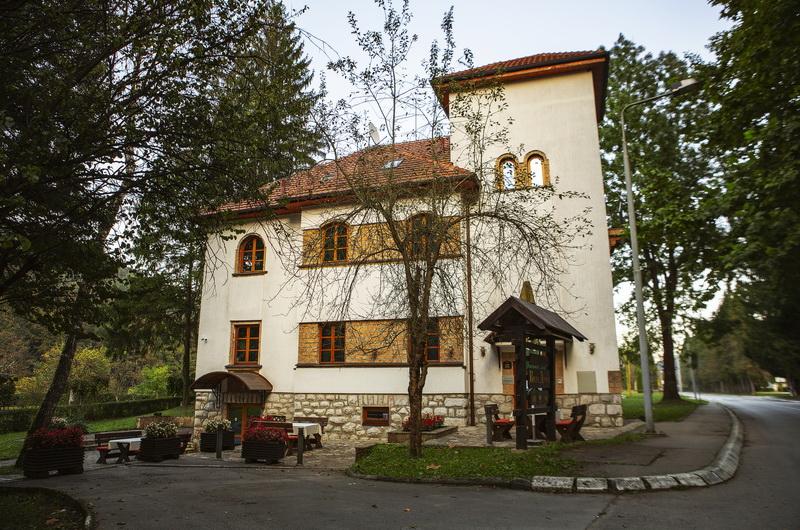 Vila Zepter, Drina, Perucac 15